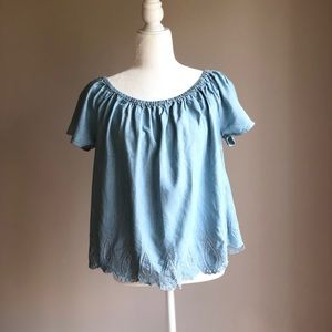 Gap Chambray On or Off the Shoulder Top